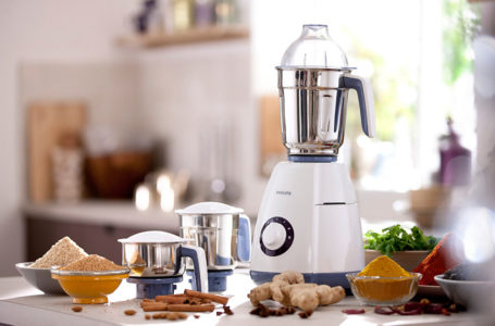 9 Important Things to Consider Before Buying Mixer Grinder Online