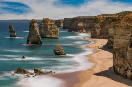 4 Top of the rank tourist destination sites in Australia