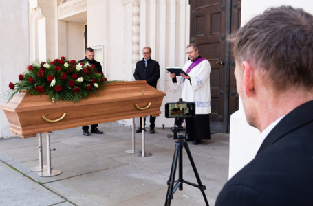 How to Funeral Video Live Stream in 2020