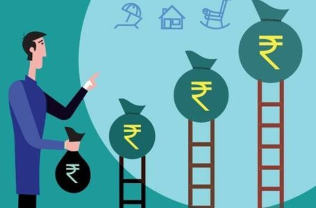 Should I make a lump sum or SIP investment in equity funds?