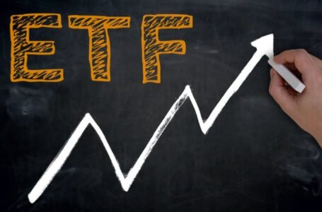 ETF VS Index Funds: Which to Choose