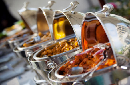Events Planning: Reasons to hire Professional Caterers
