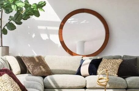 Here is how you can choose the best mirror for your home décor