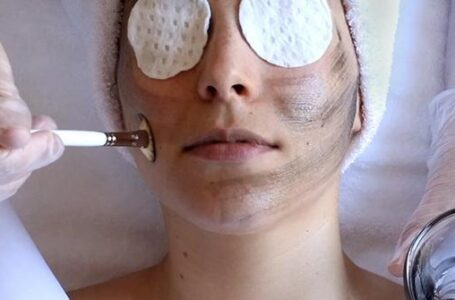 Skip Your Next Visit to Spa and Try These 5 At Home Peels
